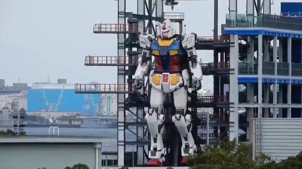 Robot Gundam Sungguhan Setinggi 18 Meter Beraksi di Jepang