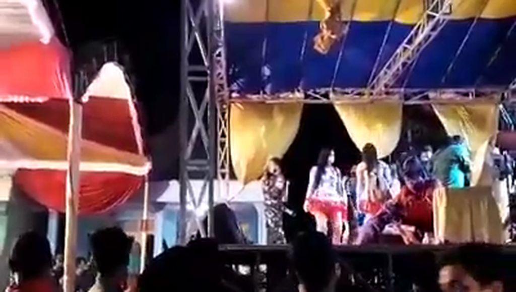 Viral Aparat Hentikan Orkes Dangdut Hajatan di Probolonggo