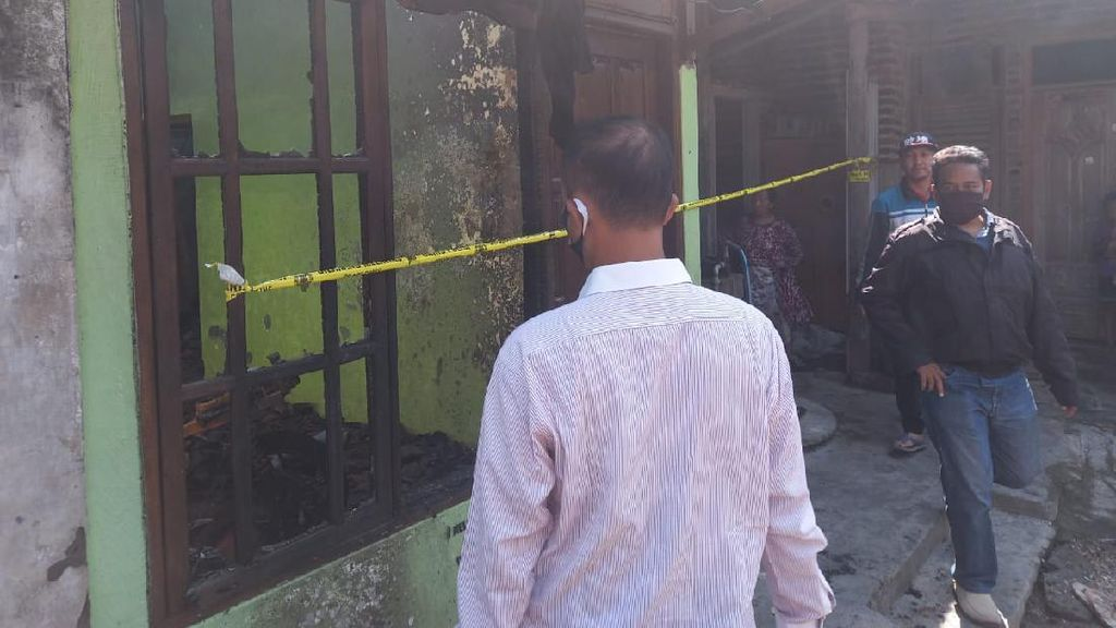 Janda dan 3 Anaknya di Sidoarjo Terluka Saat Rumahnya Dibakar Istri Kekasihnya