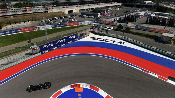 SOCHI, RUSSIA - SEPTEMBER 25: A general view as Valtteri Bottas of Finland driving the (77) Mercedes AMG Petronas F1 Team Mercedes W11 droves on track during practice ahead of the F1 Grand Prix of Russia at Sochi Autodrom on September 25, 2020 in Sochi, Russia. (Photo by Kirill Kudryavtsev - Pool/Getty Images)