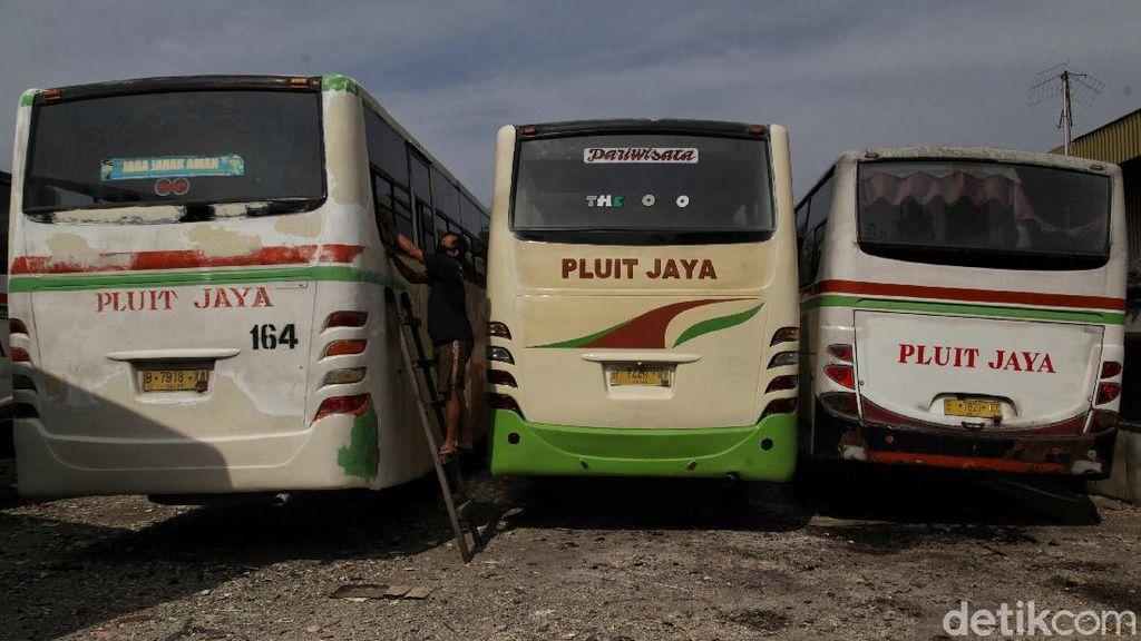 Resesi dan Gigit Jari Sektor Transportasi