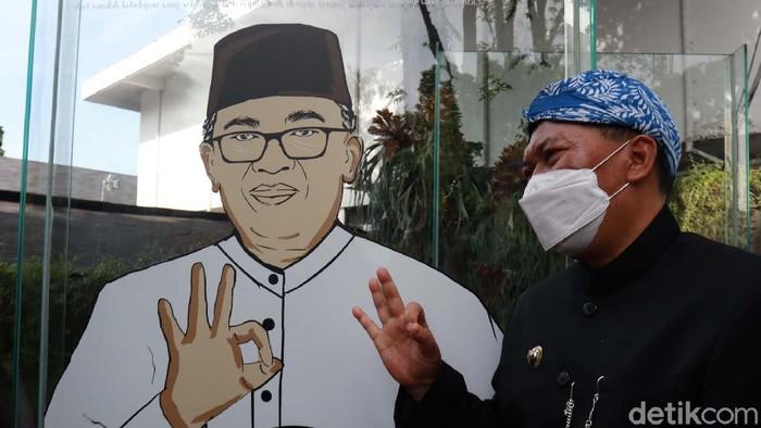 Memperingati HUT ke-210 Kota Bandung, Wali Kota Bandung Oded M Danial meresmikan Kubah Mural di Taman Sejarah Kota Bandung. Yuk kita lihat.