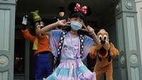 Seperti diketahui, Disneyland Hong Kong pertama kali ditutup pada bulan Januari dan dibuka kembali pada tanggal 18 Juni.