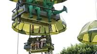 Meski kembali dibuka, sejumlah protokol kesehatan terkait pencegahan penyebaran virus Corona diterapkan di taman bermain tersebut.
