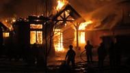 Studio Foto di Kebon Jeruk Terbakar, 11 Damkar Diturunkan