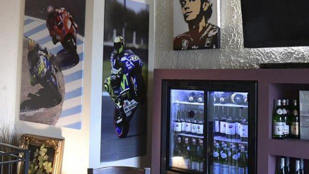 Kota kelahiran Rossi kini menjadi destinasi wisata para penggemarnya.