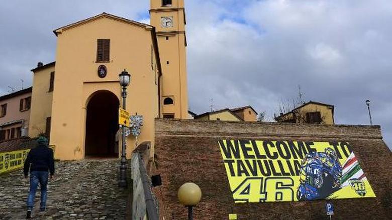 Tavullia telah disulap Rossi dari kota sepi menjadi kota yang dipenuhi fansnya.