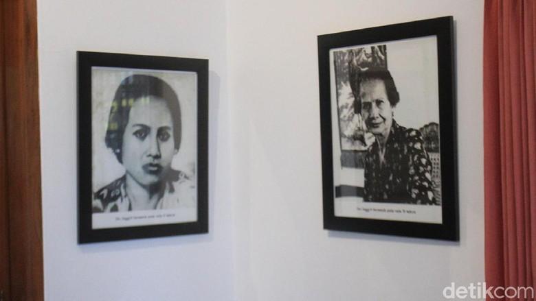 detikTravel pernah mengunjungi rumah bersejarah Inggit Garnasih yang ada di Jalan Ibu Ingggit Ganarsih No 8, Kecamatan Astanaanyar, Minggu 2 Februari 2020 lalu bertepatan dengan acara Bulan Cinta Ibu Bangsa Inggit Garnasih ke-6.