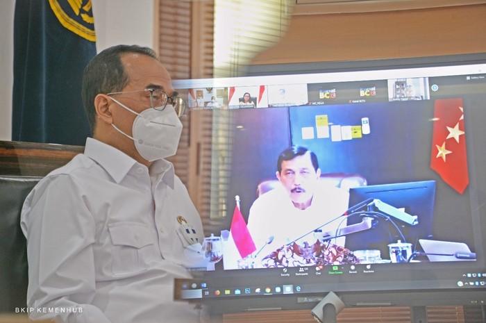 Menteri Perhubungan (Menhub) Budi Karya Sumadi dalam Konferensi Bersama dengan Kementerian Keuangan secara virtual di Jakarta, Kamis (24/9).