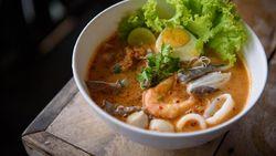 Resep Mie Tom Yum yang Pedas Menyegarkan