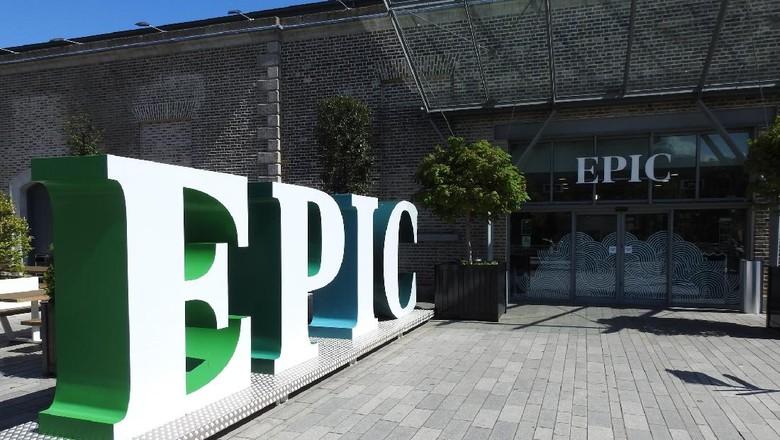 Museum Epic di Dublin, Ireland. The EPIC Irish Emigration Museum di Custom House Quay.