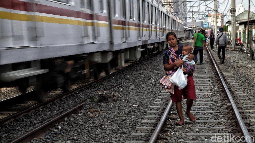 Bye-bye Rekor Terendah! Angka Kemiskinan RI Siap Jebol Lagi