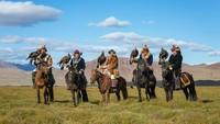 Kisah Pemburu Elang yang Ikonik dari Mongolia