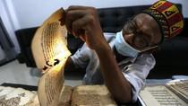 Melihat Perawatan Naskah Kuno