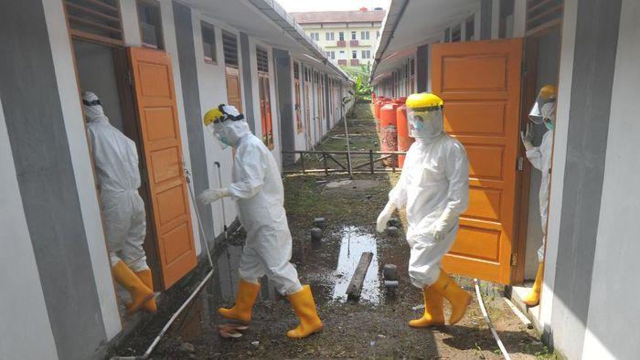 Rumah nelayan yang baru dibangun di Padang dialihfungsikan menjadi tempat isolasi pasien COVID-19. Hal itu dilakukan karena tempat isolasi lainnya sudah penuh.