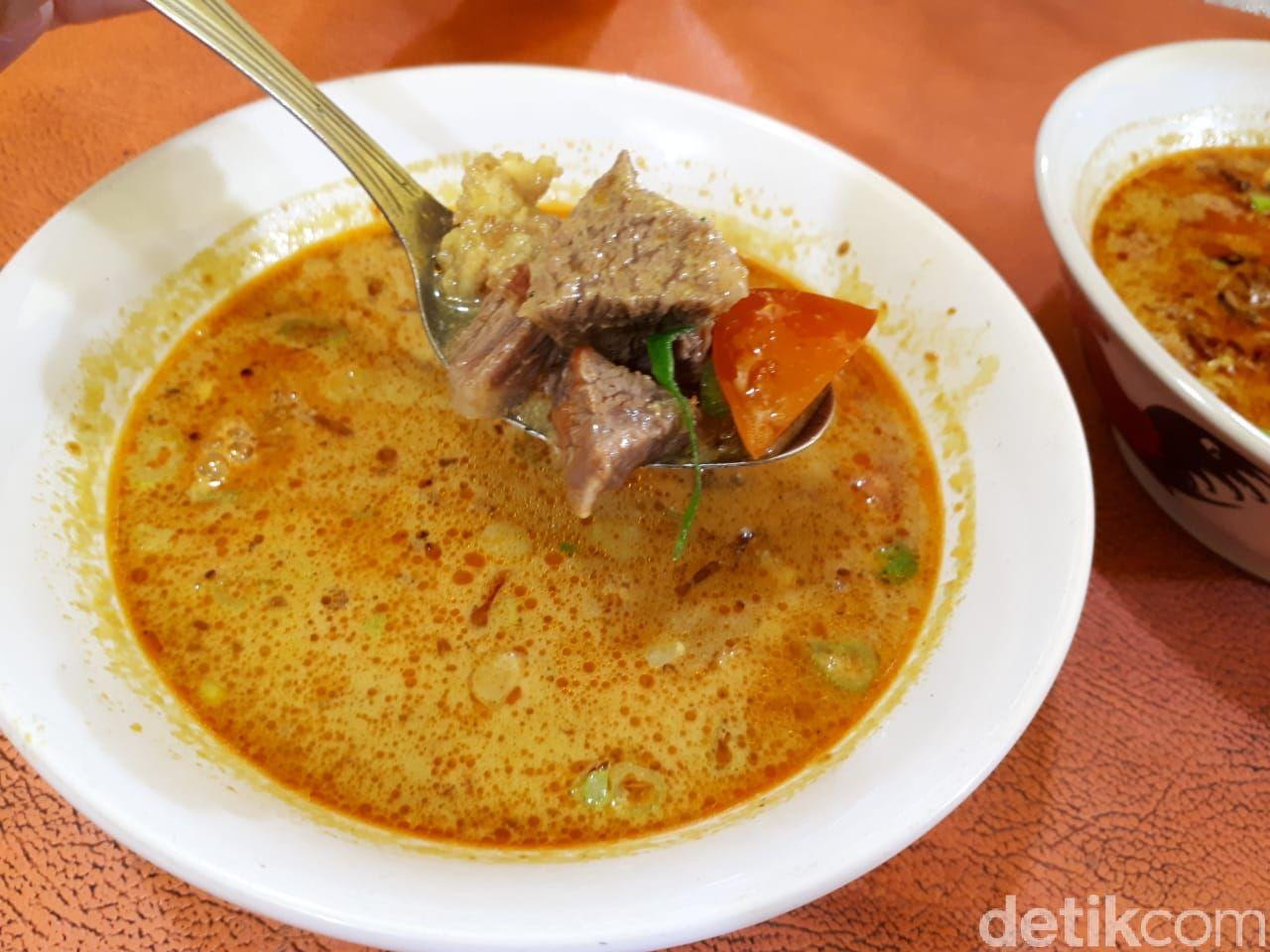Soto Tangkar & Sate Kuah Pak Haji Diding