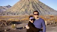 Liburan Manja ala Syahrini di Bromo dan Borobudur