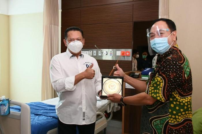 Bamsoet bertemu para dokter, perawat dan tenaga kesehatan di RS Mayapada