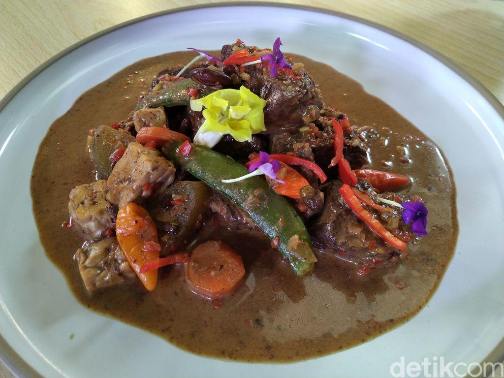 Event d'Xpertise Brongkos Sedap dengan Daging Australia Ala Chef Vindex Tengker