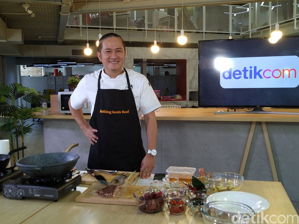 Event d'Xpertise Chef Chandra Bocorkan Rahasia Resep Semur Daging Andalannya