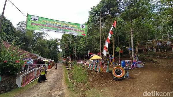 Inilah Kampung Wisata Sinarmulya Bojongsari, sebuah destinasi baru wisata Ciamis. Kampung Wisata Sinarmulya ini berada di Desa Gegempalan, Kecamatan Cikoneng, Kabupaten Ciamis.