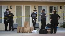 Pria Gelandangan Kulit Hitam Ditembak Mati oleh Polisi AS, Warga Berdemo