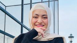Cantik Banget! Natahlie Holscher yang Baru Mualaf Kini Pakai Hijab