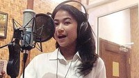 Karier Menjanjikan, Ini Tips Jadi Voice Over Talent