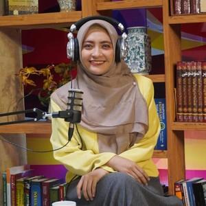 Hanya Bermodal Suara & Bisa Kerja di Rumah, Profesi Voice Over Menjanjikan