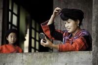 Bagi yang belum menikah, rambut biasanya disembunyikan di balik kain. (Getty Images/iStockphoto)