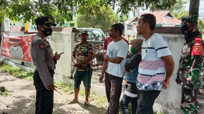 Tukang ojek yang menawarkan jasa jalur tikus masuk Palu tanpa rapid test ditangkap.