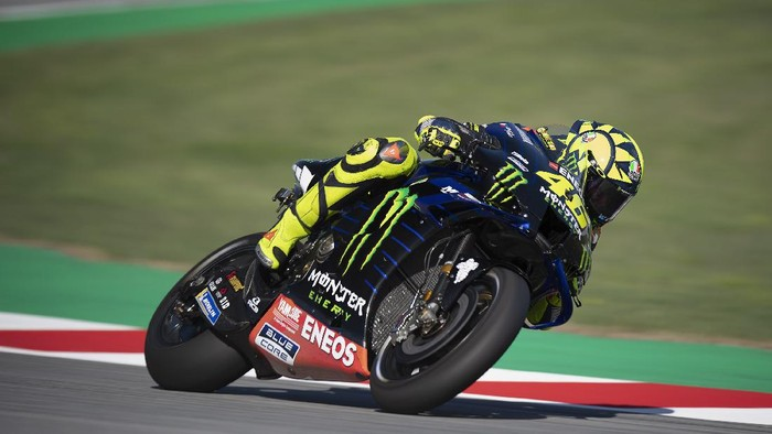 BARCELONA, SPAIN - SEPTEMBER 25: Valentino Rossi of Italy and Monster Energy Yamaha MotoGP Team heads down a straight during the free practice of the MotoGP of Catalunya at Circuit de Barcelona-Catalunya on September 25, 2020 in Barcelona, Spain. (Photo by Mirco Lazzari gp/Getty Images)
