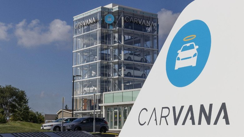 Indianapolis - Circa September 2019: Carvana used car vending machine. Carvana is an online only preowned and used car dealership VI