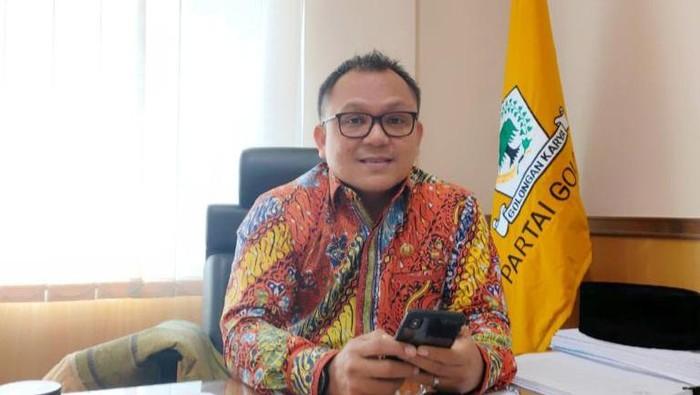 Ketua Fraksi Golkar DPRD DKI, DKI Basri Baco
