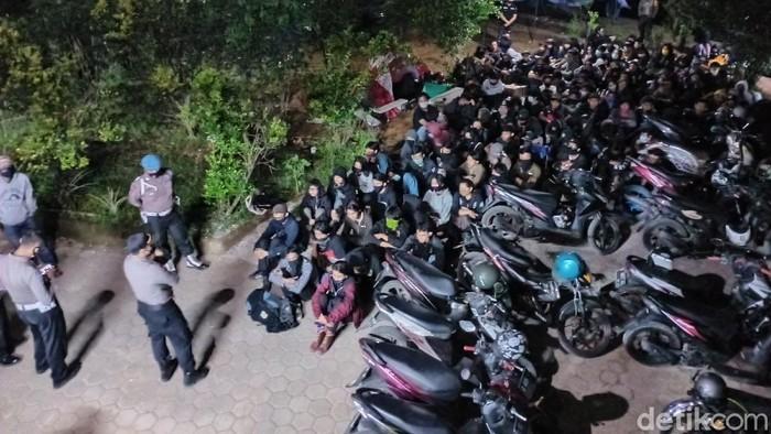 Berkedok Kegiatan Sosial, Pesta Miras di Bandung Digerebek Polisi