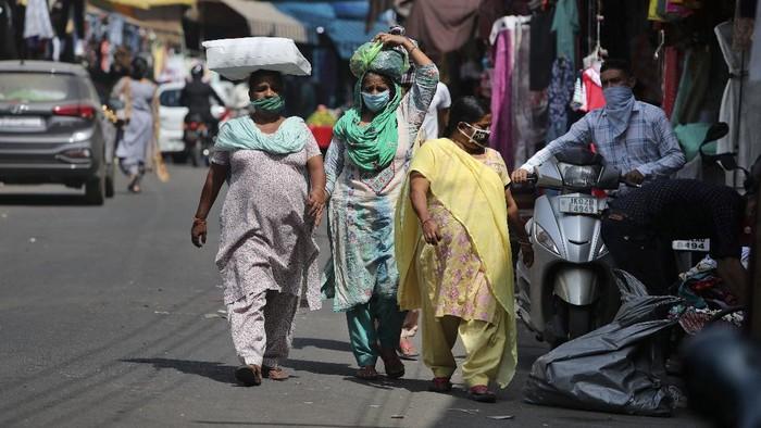 Otoritas India melaporkan total kasus virus Corona (COVID-19) di wilayahnya telah menembus angka 6 juta.