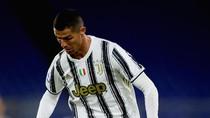 Cristiano Ronaldo Lagi dan Lagi Bikin Rekor Gol