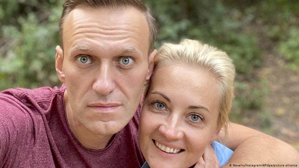 Dijenguk Angela Merkel Diam-diam di RS, Ini Tanggapan Alexei Navalny