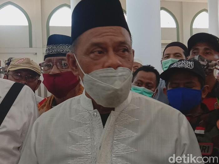 Acara Koalisi Aksi Menyelamatkan Indonesi (KAMI) Jawa Timur batal digelar di Gedung Juang 45 Surabaya. Salah satu deklarator KAMI, Gatot Nurmantyo,  akhirnya diminta pidato di Graha Jabal Nur, Jambangan Surabaya.