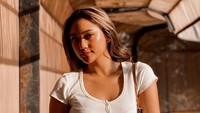 Gaya Seksi Marion Jola Pakai Dress Mini saat Ultah, Disebut Netizen Ketuaan