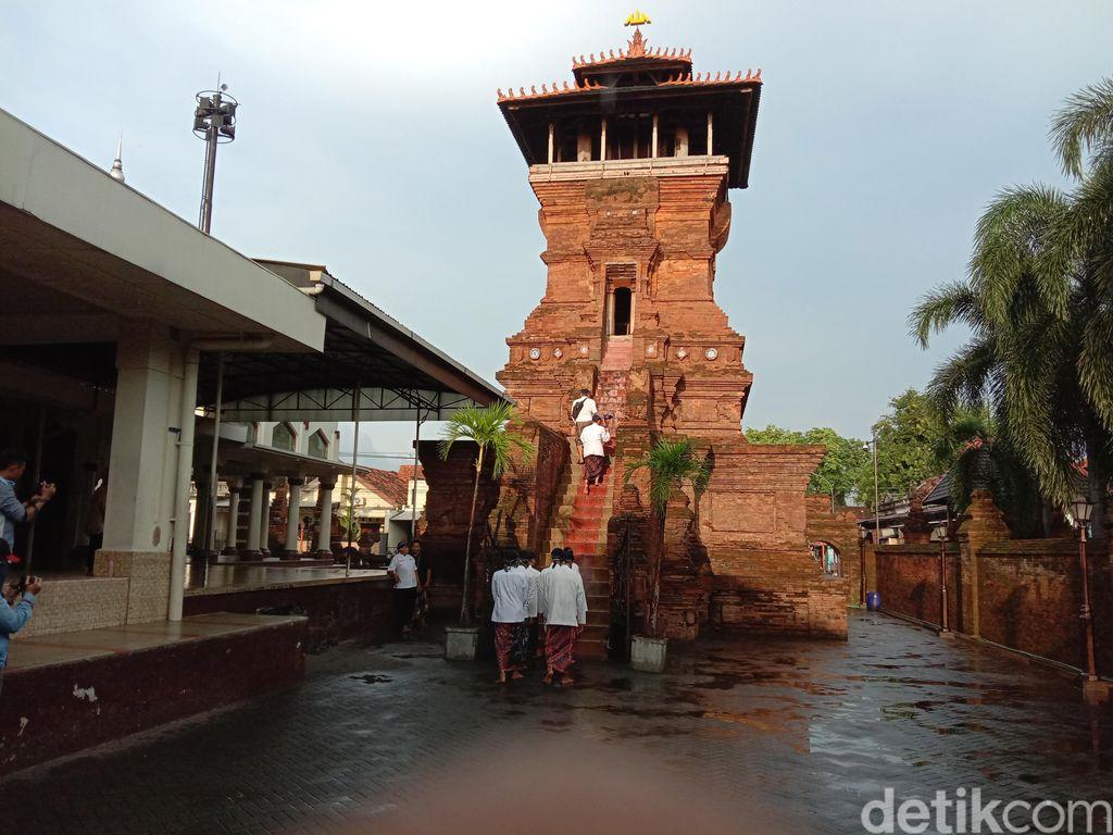 Menara dan Masjid Sunan Kudus
