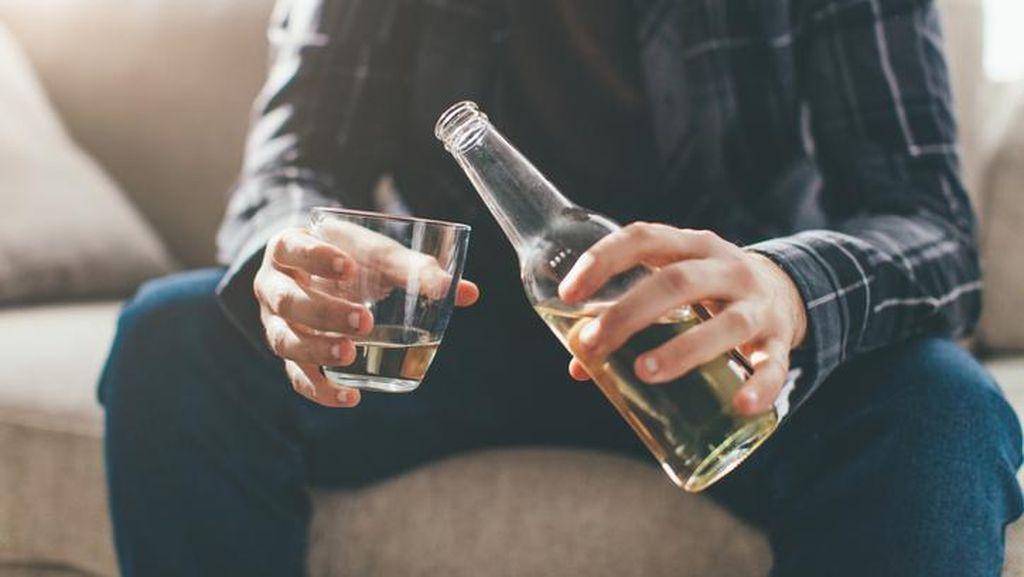 7 Dampak dan Bahaya Negatif Minuman Keras Beralkohol
