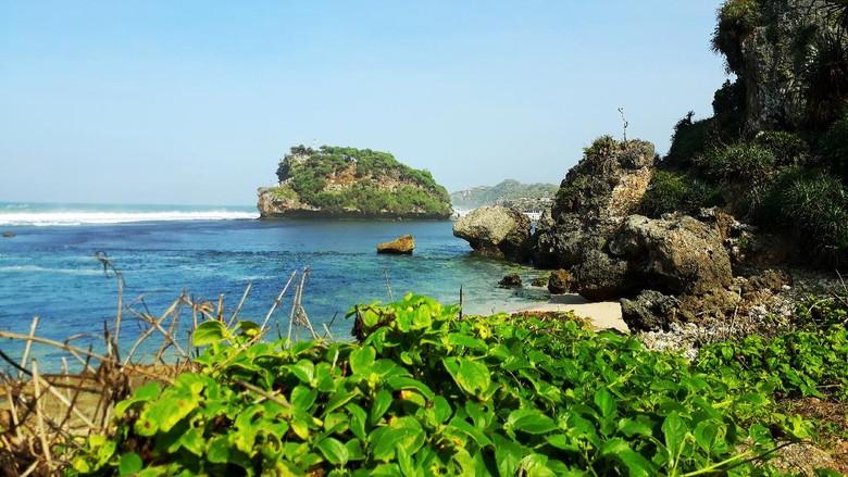 Gunungkidul Pantai Watu Bolong