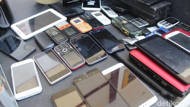 Residivis pencuri barang elektronik di rumah warga Gowa ditangkap Polres Gowa (Hermawan Mappiwali/detikcom)