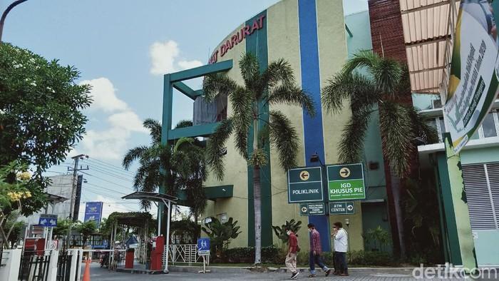 RSUP Dr Soeradji Tirtonegoro (RSST) Klaten. Sebanyak 37 dari 38 karyawan-tenaga kesehatan yang positif virus Corona dinyatakan sembuh, Senin (28/9/2020).