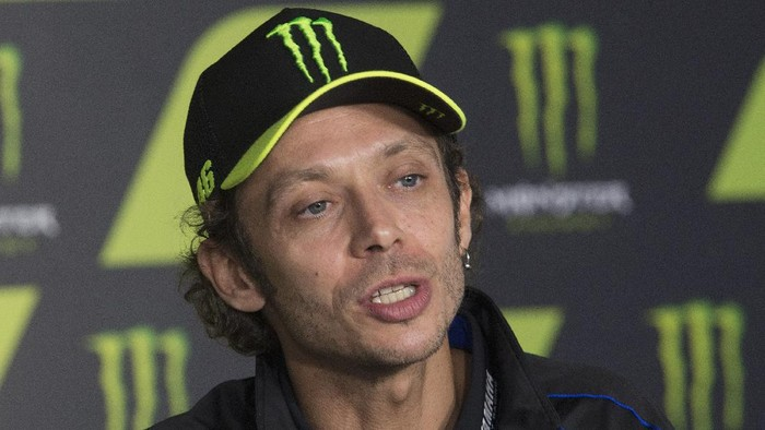 BARCELONA, SPAIN - SEPTEMBER 26: Valentino Rossi of Italy and Monster Energy Yamaha MotoGP Team speaks during the Valentino Rossi and Lin Jarvis: an exceptional press conference during qualifying for the MotoGP of Catalunya at Circuit de Barcelona-Catalunya on September 26, 2020 in Barcelona, Spain. (Photo by Mirco Lazzari gp/Getty Images)