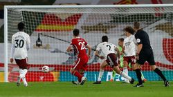 Apa Jota Handball Sebelum Cetak Gol Saat Liverpool Vs Arsenal?