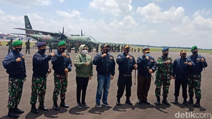9 Tokoh Sumsel mendapat Wings Penerbang TNI AU.