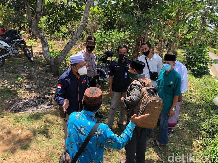 Bawaslu Kabupaten Blitar bubarkan kampanye tak berizin parpol pengusung dalam Pilbup