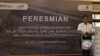 HUT ke-75 KAI, Skybridge Stasiun Bandung Resmi Beroperasi
